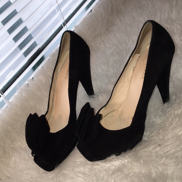 Prada Ruffle Peep-Toe Pumps shop for cheap price dfLPKOiII